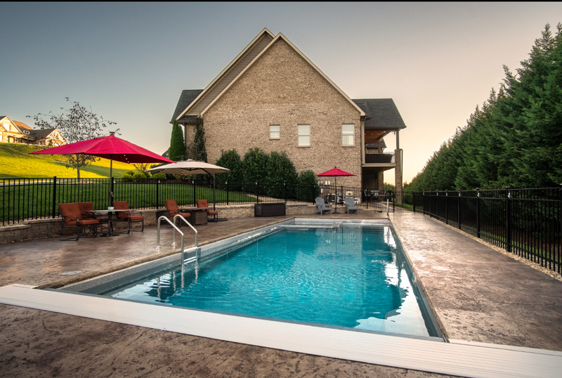 Large home in Greeneville, TN with a fiberglass lap pool & hot tub combination